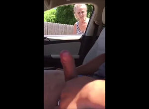Stud in car dickflash when casual..