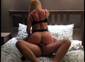 Hefty rump wifey romps with pal when..