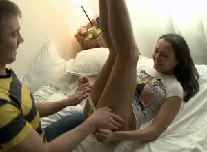 Cool gf ultra-cutie gets her young..