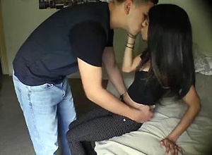 Poundable latina gf plumbs with her..