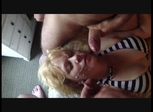 Jizzing on face of mature wifey