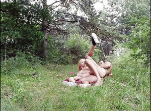 Amateur teen ash-blonde gets  outdoor..