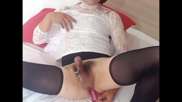 Chinese she-male got assgasm with..