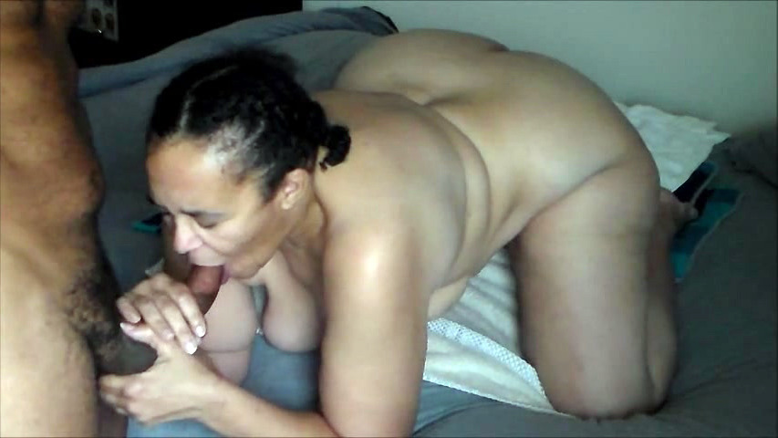 Plumper mommy going kinky with big..